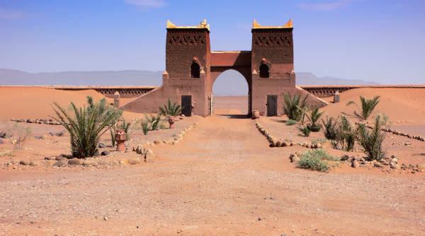 外国語学習法 アラビア語雑学入門メール講座 モロッコ 砂漠 門