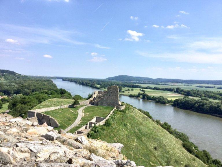 スロバキアの古城から見た風景
